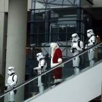 Santa y soldados imperiales